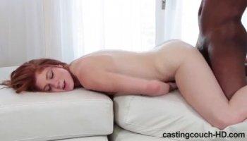 как наказать девушку в постели
