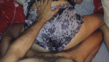 брат изнасиловал сестру видео