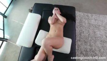 порно мужик ебет собаку